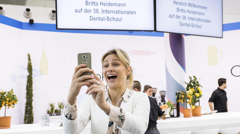 IDS 2019 / Eröffnung mit Britta Heidemann. Pressetermin am Stand des VDDI.