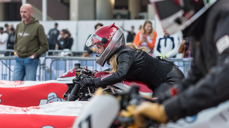 Showsprints , international Sprints, Ladies versus Gents, Parkplatz 1