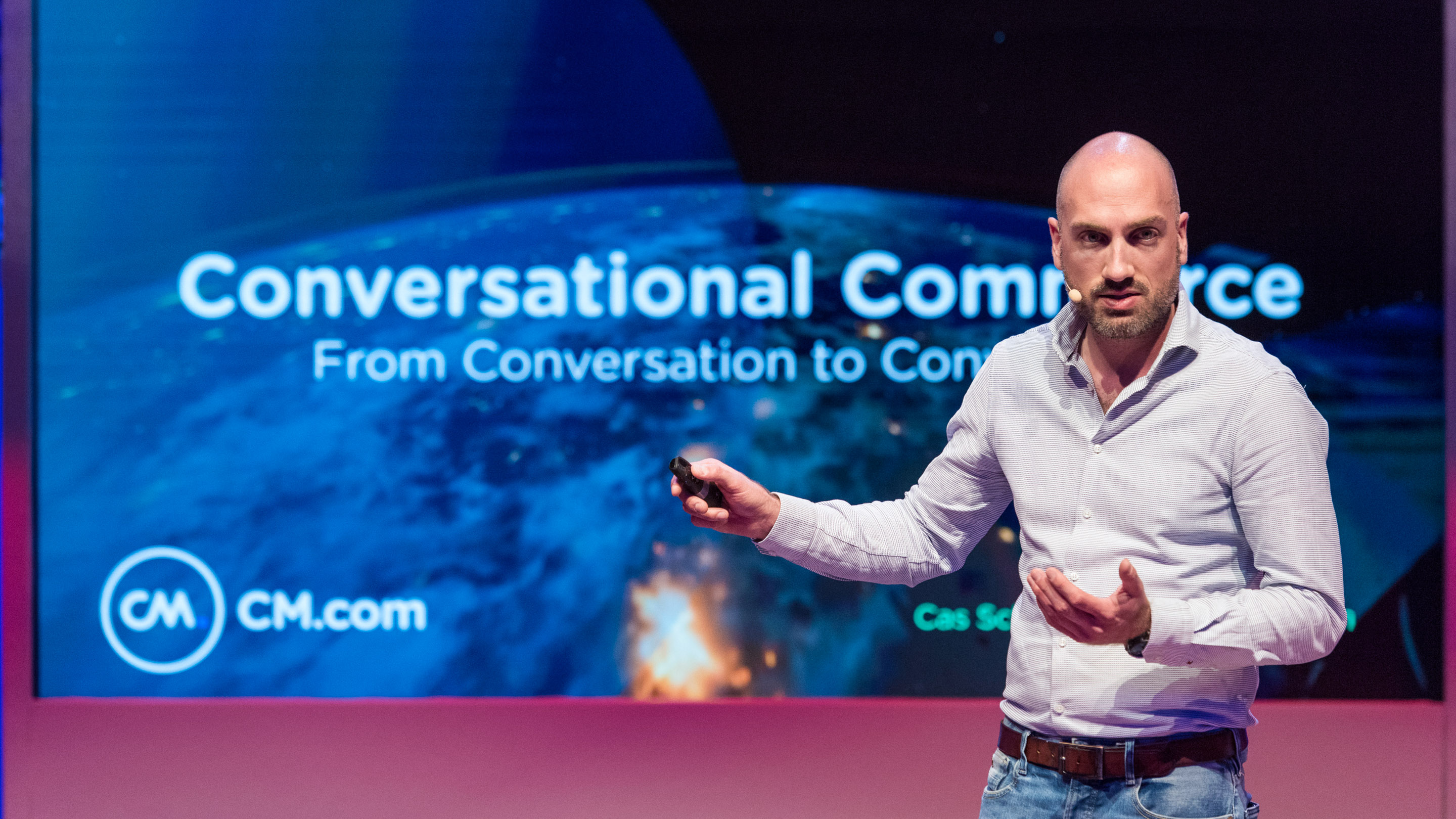 Demo Arena: Conversational Commerce: From Conversation to Conversion, Speaker: Jan Saan, DMEXCO 2019