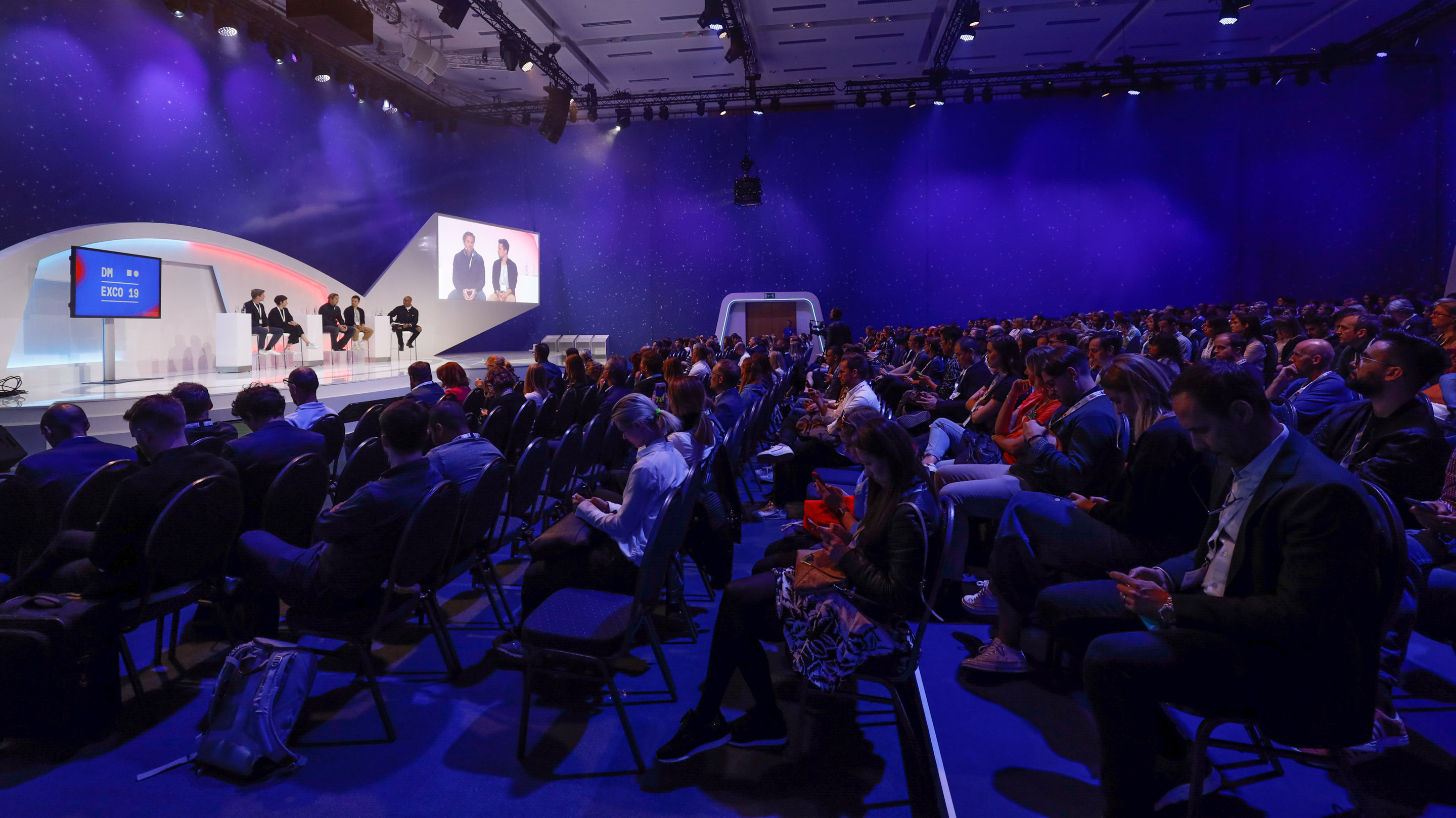 Experience Stage: Do you feel, see, hear it? How to use design and technology to create new experiences, Speakers: Chris Denson, Max Julian Fischer, Jelena Gregov, Maximilian Hurler, Yves Peitzner, DMEXCO 2019