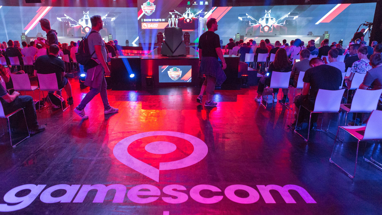 gamescom Event Arena, Asphalt esports Series presented by Black Shark, Halle 11.3, gamescom 2019
