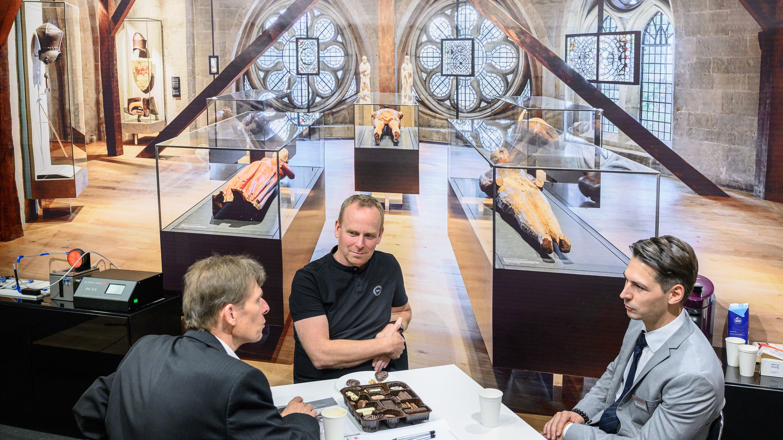 Stand: Glasbau Hahn, Halle 3.2, Exponatec 2019