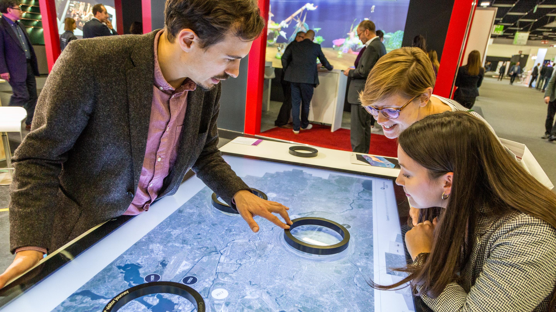 Stand: interactive scape , Halle 3.2, Exponatec 2019