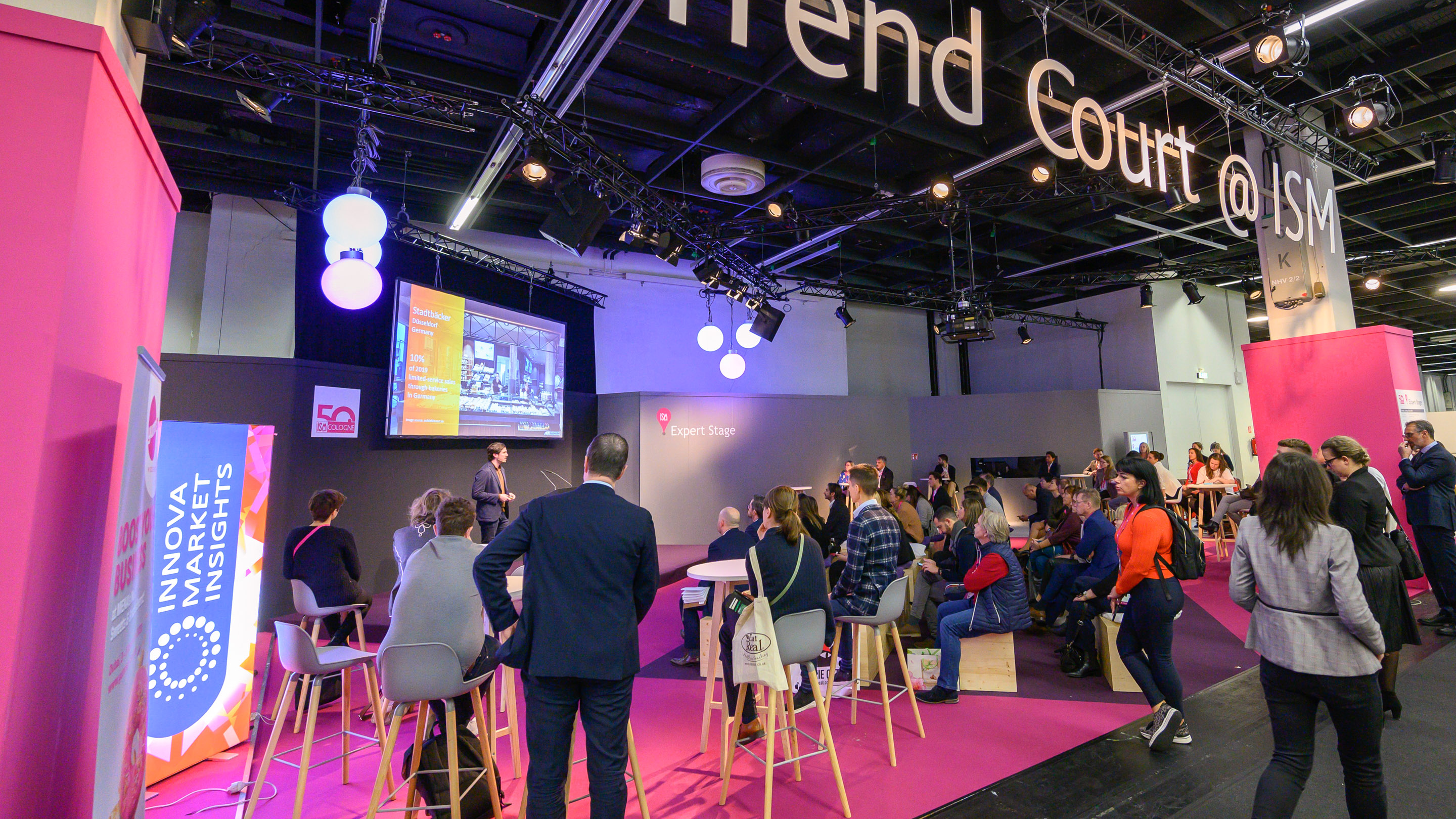 Trend Court@ISM, Snacking and Indulgence: Why Foodservice Matters - Stephen DuttonEuromonitor International, Expert Stage, Halle 5.2, ISM 2020